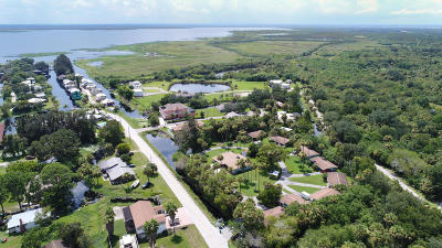 Cocoa Multi Family Home For Sale: 651 Bird Island Drive