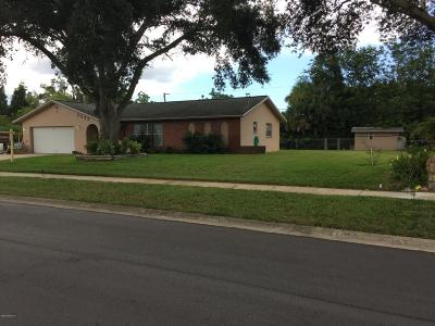 Cocoa Single Family Home For Sale: 3522 E E Roundtree Drive