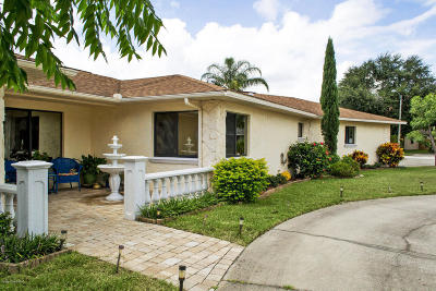 Merritt Island Single Family Home For Sale: 205 Cadiz Court