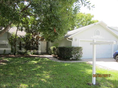 Merritt Island Single Family Home For Sale: 245 Quail Drive