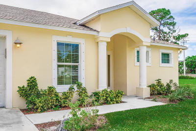 Single Family Home For Sale: 125 Palm Boulevard