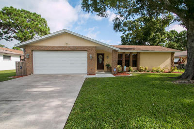 Rockledge Single Family Home For Sale: 982 Pineland Drive