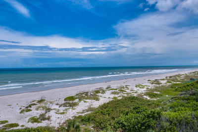 Vero Beach Condo For Sale: 950 Conn (4091 Ocean Drive) Way #PH 402