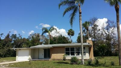Titusville Single Family Home For Sale: 1431 Indian River Avenue
