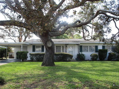 Titusville Single Family Home For Sale: 163 Park Lane