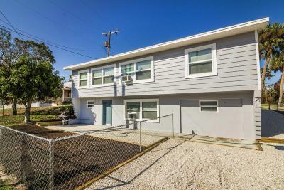 Melbourne Multi Family Home For Sale: 2688 Pineapple Avenue