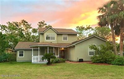 Merritt Island Single Family Home For Sale: 161 Island Grove Drive