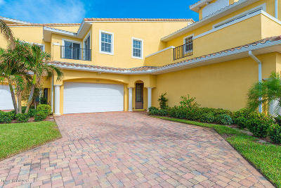 Indian Harbour Beach Townhouse For Sale: 132 Mediterranean Way