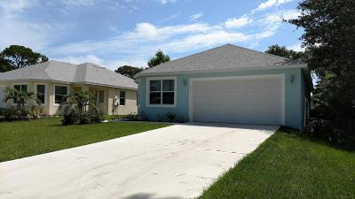 Single Family Home For Sale: 724 Teal