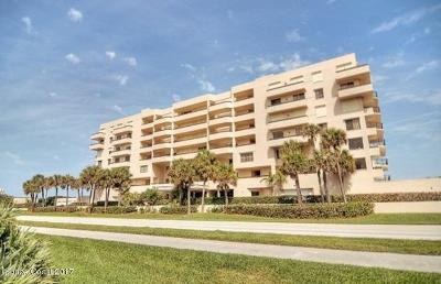 Melbourne Beach Condo For Sale: 7415 Aquarina Beach Drive #303