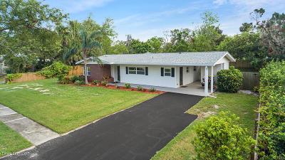 Cocoa Single Family Home For Sale: 211 Coquina Drive