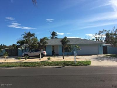 Brevard County Single Family Home For Sale: 211 Birch Avenue