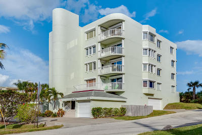 Cocoa Beach Condo For Sale: 3031 S Atlantic Avenue #401