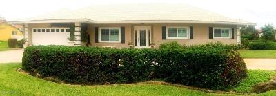 Single Family Home For Sale: 810 Malibu Lane