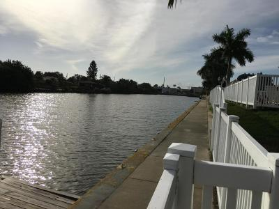Merritt Island Condo For Sale: 250 N Banana River Drive #G6