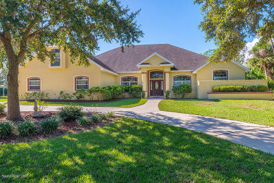 Titusville Single Family Home For Sale: 3611 Fox Wood Drive