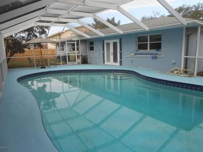 Titusville Single Family Home For Sale: 865 Pilgrim Drive