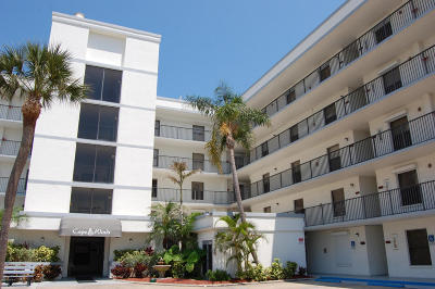 Cape Canaveral Condo For Sale: 7400 Ridgewood Avenue #107