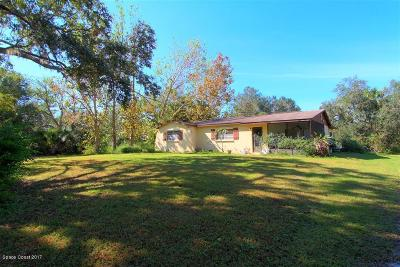 Cocoa Single Family Home Contingent: 5200 Lake Poinsett Road