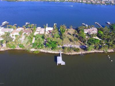 Merritt Island Single Family Home For Sale: 10780 S Tropical Trail S