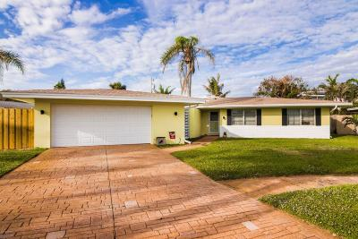Indialantic Single Family Home For Sale: 124 Jupiter Court