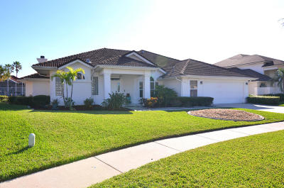 Merritt Island Single Family Home For Sale: 249 Sykes Point Lane
