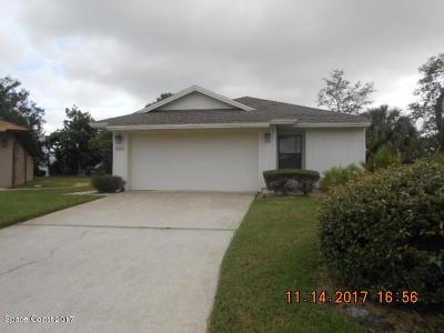 Melbourne Single Family Home For Sale: 527 Oak Mont Place