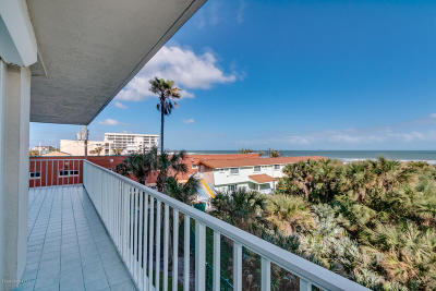 Cocoa Beach Condo For Sale: 3450 Ocean Beach Boulevard #301