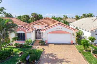 Melbourne Beach Single Family Home For Sale: 5582 Beach Elder Way
