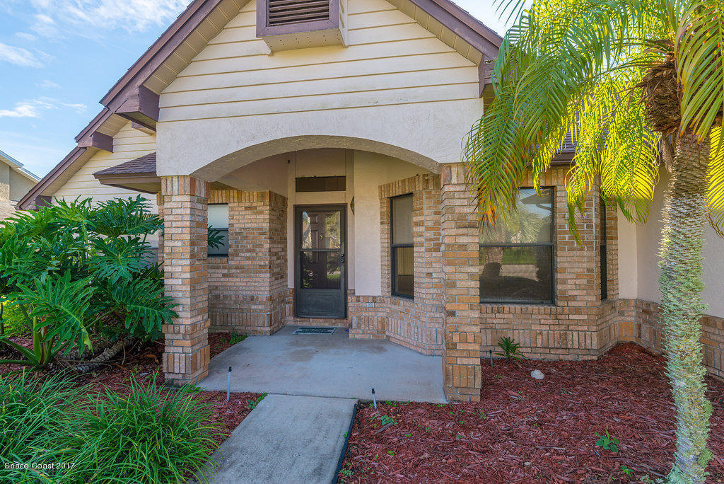Awesome 1000 Spanish Wells Drive Melbourne Fl Mls 798699 Home Interior And Landscaping Ologienasavecom