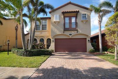 Satellite Beach Single Family Home For Sale: 676 Palos Verde Drive