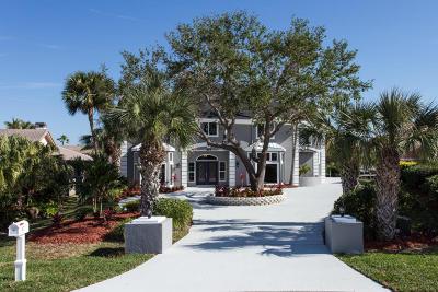Satellite Beach Single Family Home For Sale: 557 Lanternback Island Drive
