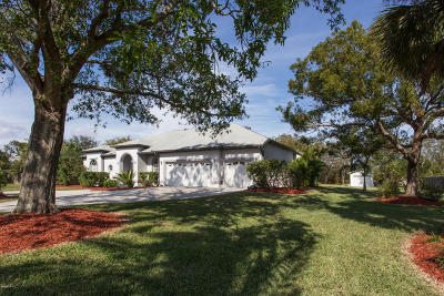Rockledge Single Family Home For Sale: 1224 Heritage Acres Boulevard
