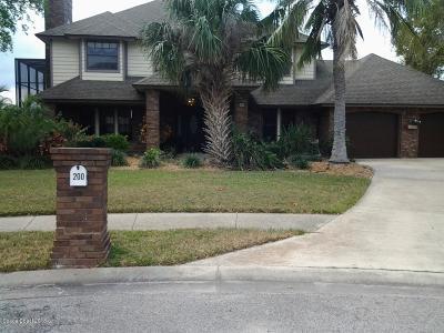 Merritt Island Single Family Home For Sale: 200 Mizzen Court