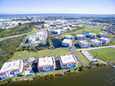 Cape Canaveral Condo For Sale: 8914 Puerto Del Rio Drive #204