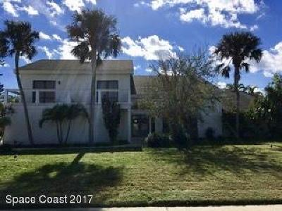 Melbourne Beach Single Family Home For Sale: 313 Amberjack Place