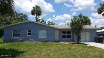 Titusville Single Family Home For Sale: 2100 White Sands Drive