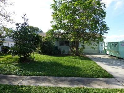 Merritt Island Single Family Home Contingent: 1255 Marshall Court