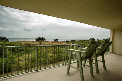 Cocoa Beach Condo For Sale: 420 Harding Avenue #206