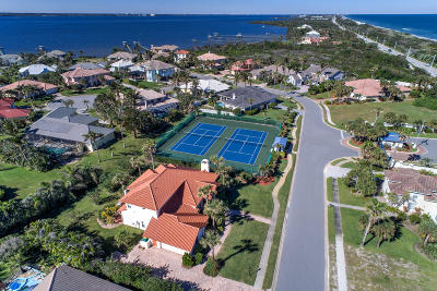 Melbourne Beach Single Family Home For Sale: 202 Loggerhead Drive