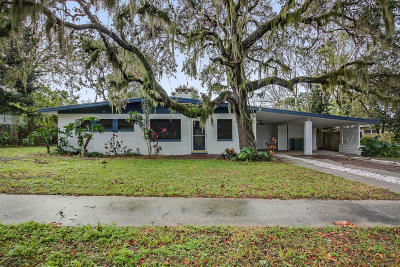Cocoa Single Family Home For Sale: 333 Bellaire Drive