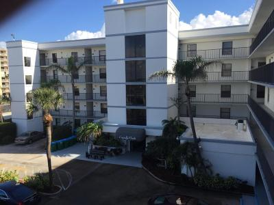 Cape Canaveral Condo For Sale: 7400 Ridgewood Avenue #108