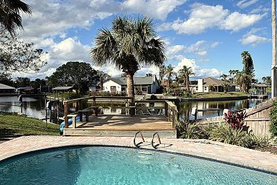 Brevard County Single Family Home For Sale: 1500 Girard Boulevard