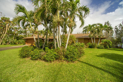Melbourne Beach FL Single Family Home For Sale: $385,000