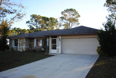 Palm Bay Single Family Home For Sale: 433 Saragassa Avenue SW