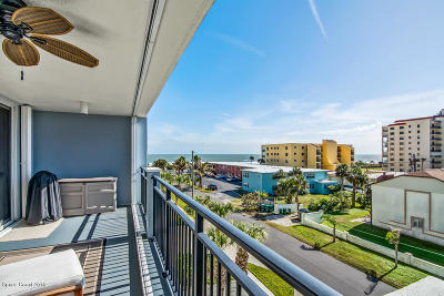 Cocoa Beach Condo For Sale: 410 Hayes Avenue #303