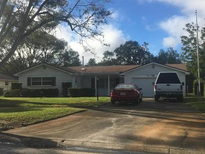 Titusville Single Family Home For Sale: 2520 Royal Oak Drive