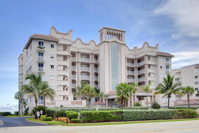 Indian Harbour Beach Condo For Sale: 2065 Highway A1a #1704