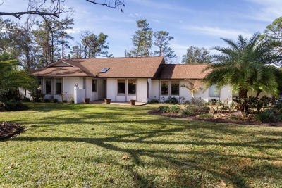 Titusville Single Family Home For Sale: 1217 Sand Pine Circle