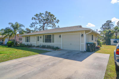 Palm Bay FL Single Family Home For Sale: $130,000